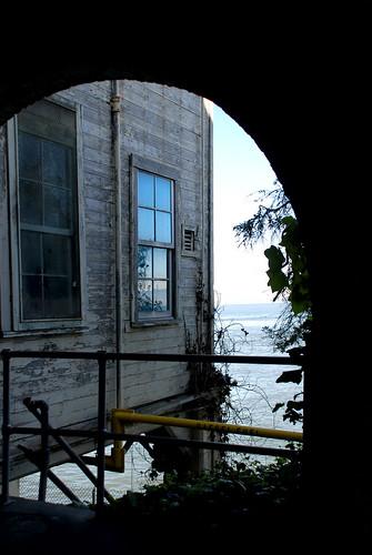 reflection abandoned freedom view tunnel vision memory alcatraz peelingpaint sallyport entrytothejailhouse moreproofthatthereisabsolutelynoconsistencyinmyphotostream buildkng