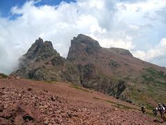 Montée sur la crête de Ghjarghjole depuis le refuge de Ciottulu di I Mori