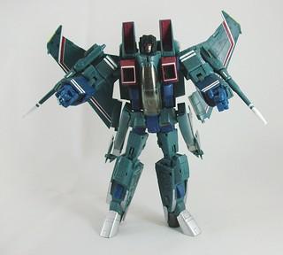 Transformers Starscream (Masterpiece) - modo robot | by mdverde