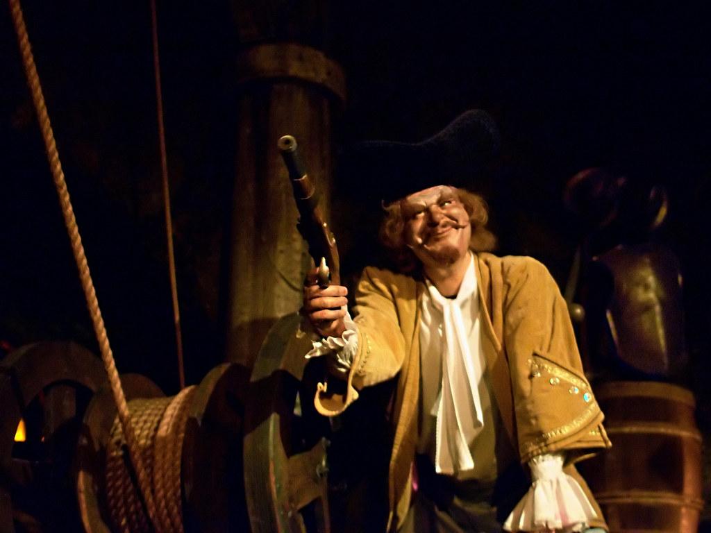 Disney - Shootin' Pirate