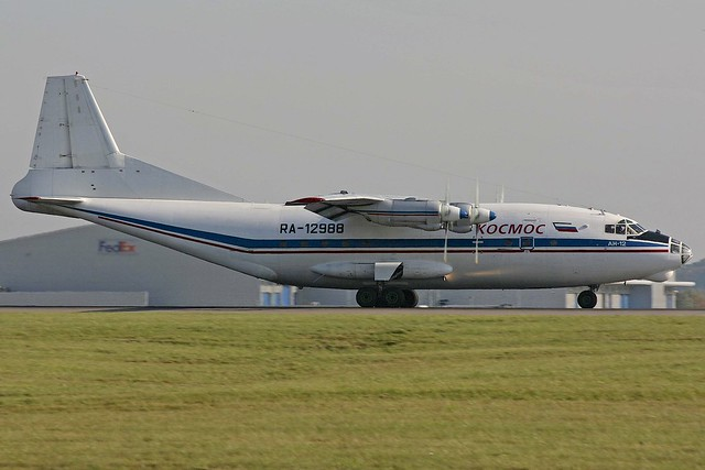 RA-12988 AN-12B Kosmos Stansted 12.10.08