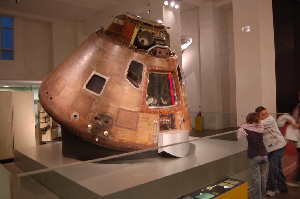 Apollo 10 lunar capsule at the Science Museum | Quoting ...