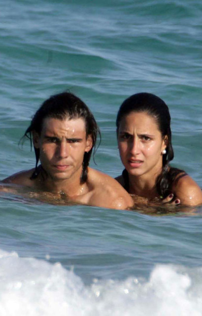 Rafael Nadal Beach 090708 Rafael Nadal And Girlfriend Mari Flickr