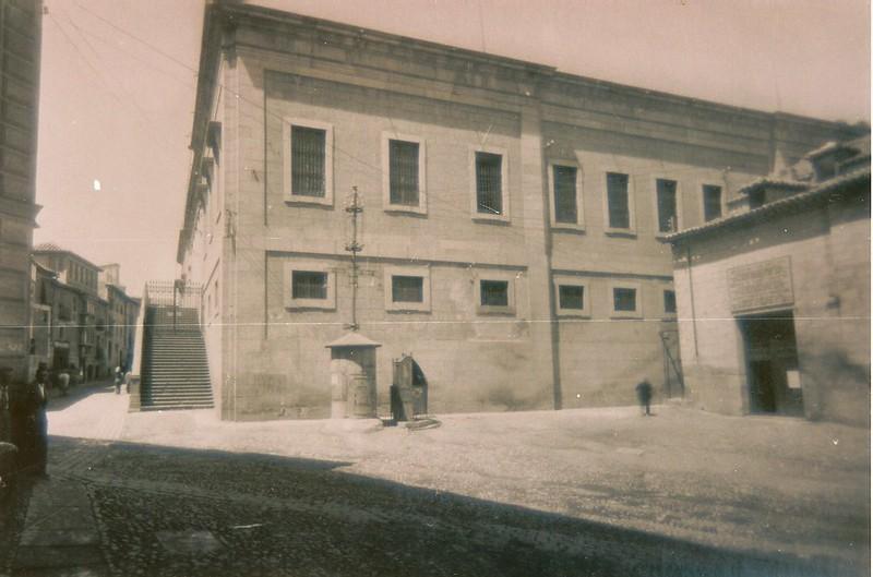 Instituto Universitario Lorenzana y Plaza de San Vicente, Toledo (España)