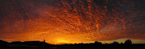 panorama clouds sunrise perth hugin beechboro canons3is 49784982mercator