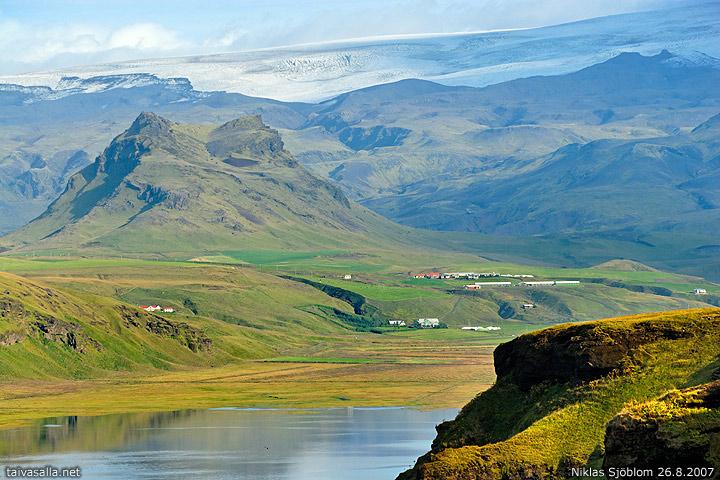 Iceland Dyrhólaey