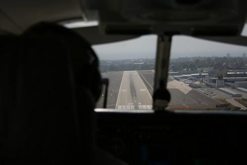 Final approach Santa monica airport