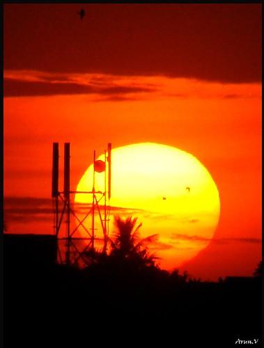 sunset sky sun india colours sony cybershot chennai tamilnadu h50 abigfave flickrestrellas spiritofphotography bestflickrphotography arunvphotography arunkumarev arunevphotography arunev