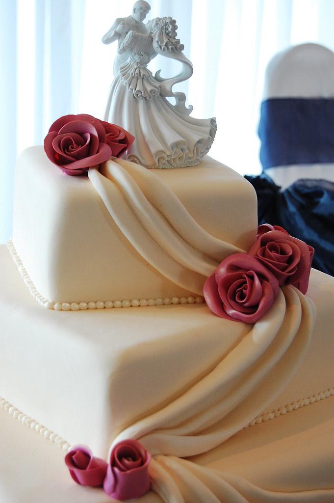 Nicole Troy S Wedding Cake Crazy In Love A Simply El Flickr