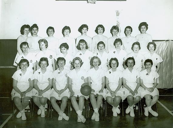 Women's Sports Teams (08) - Basketball team photo