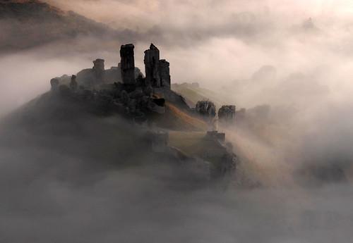 Corfe Castle, Dorset | by davidbunting