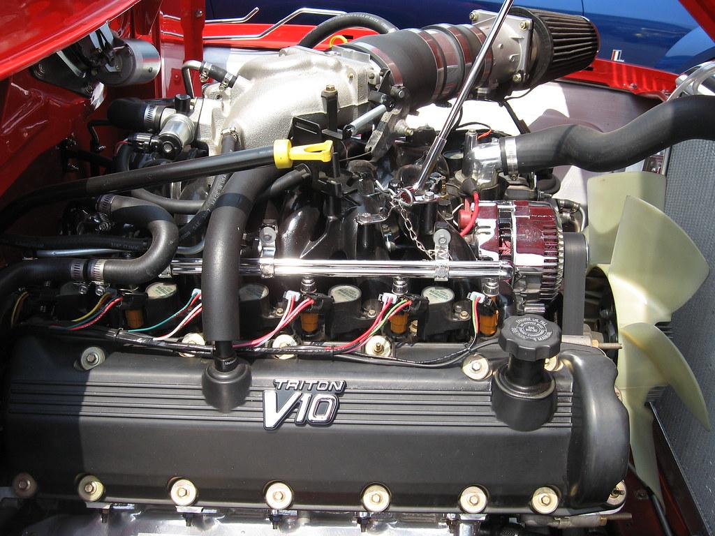 Ford V10 Engine >> Ford Panel V10 Triton Engine Last Originals Car Show Sea