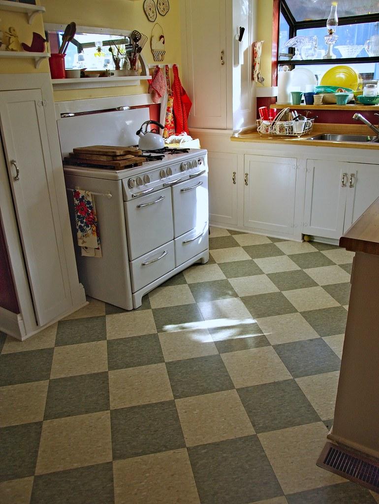 Inspirational Vintage Kitchen Tile Floor   The floor tiles h…   Flickr