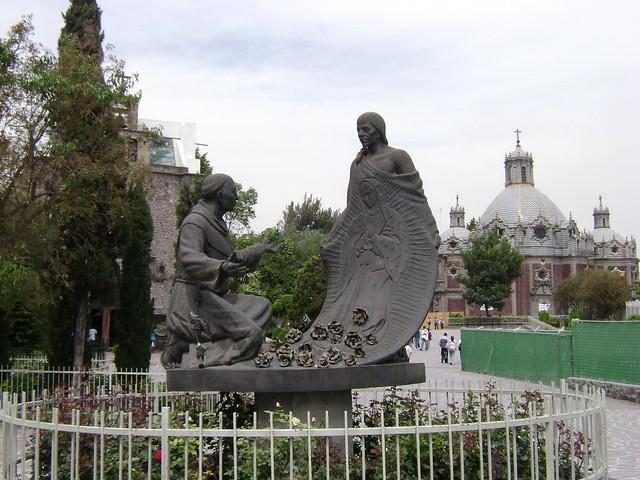 Juan Diego, Santuario de Guadalupe, Ciudad de México/Shrine of Guadalupe, Mexico City, México - www.meEncantaViajar.com