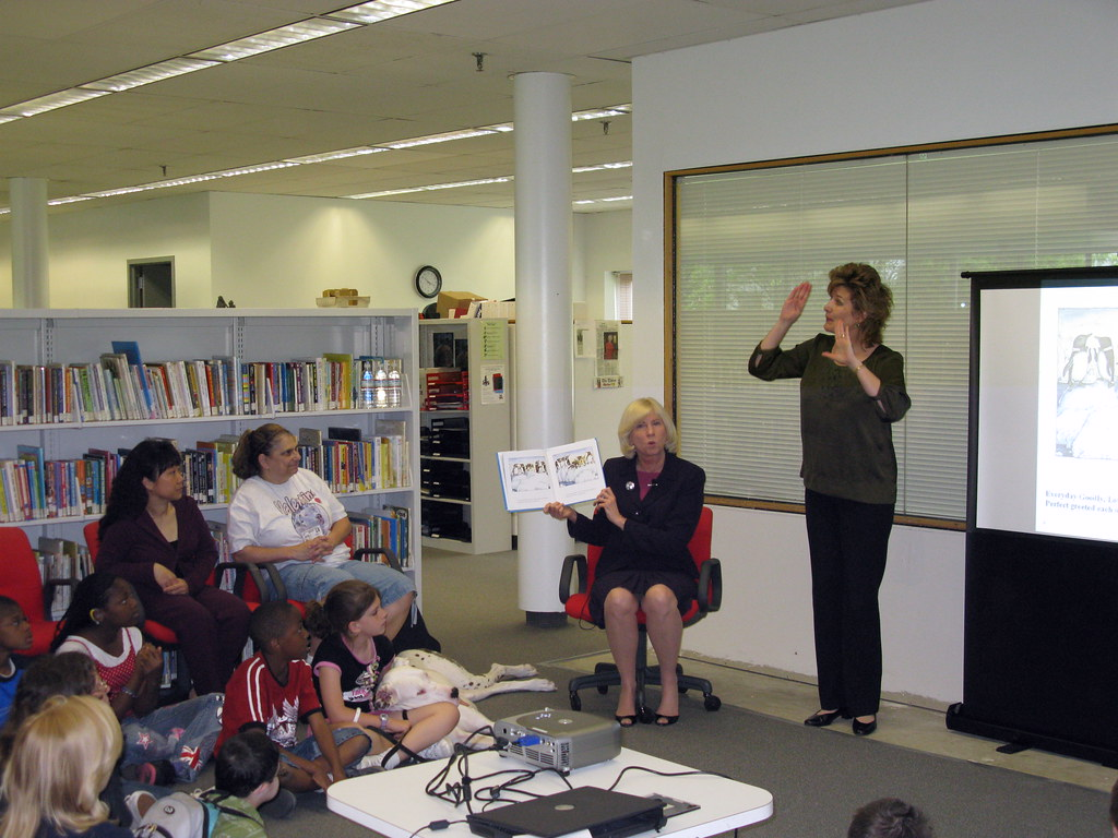 LBH penguin ASL story hour | The New Jersey State Library fo… | Flickr