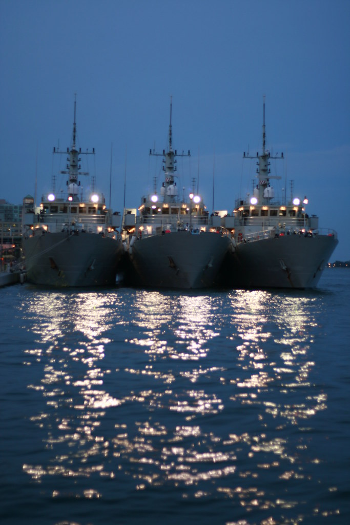 Canadian Navy | Canadian Navy ships side by side on Canada d