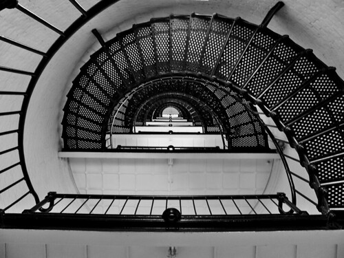 bw lighthouse stairs florida haunted staugustine spiralstaircase staugustinelighthouse fabbow
