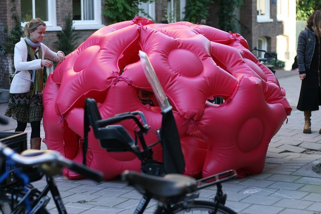 Parking Day 2008 : Bushwaffle dome in Amsterdam
