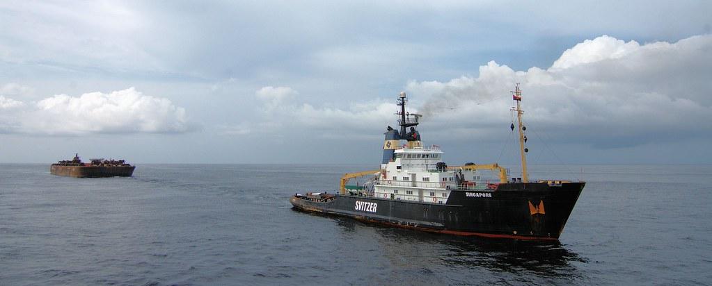 Former Smit Singapore towing Heerema barge H-541 | Jan Berghuis | Flickr