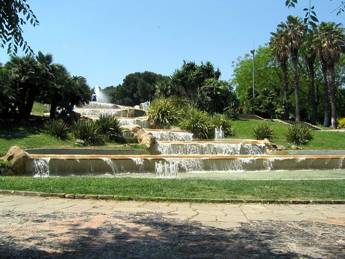 Fountain, Montjuic   by Ruth and Dave