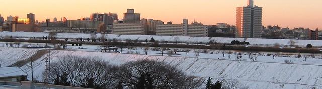 wide city sunrise
