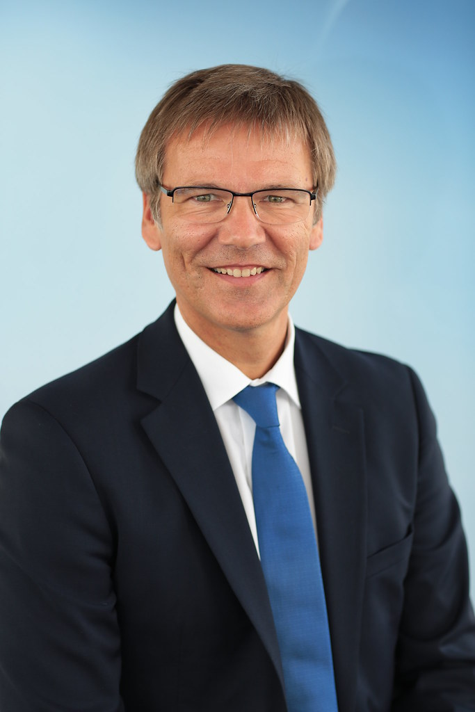 Edgar Schnorpfeil | net-m CEO | net mobile AG | Flickr