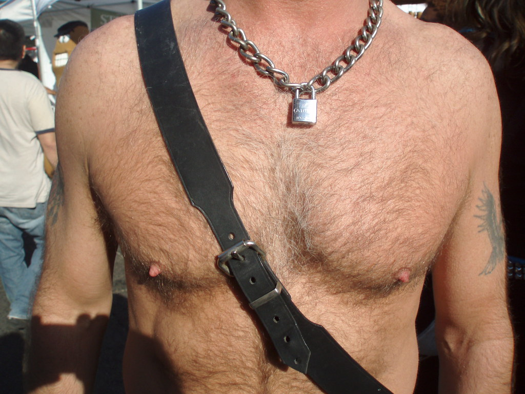 HELLA HOT & HAIRY CHEST ! ~ FOLSOM STREET FAIR 2008 !  ( safe photo )