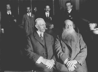 Miliukov (kadete) & Piotr Kropotkin (anarquista) - 1917 Russian anarchist | anarquista ruso