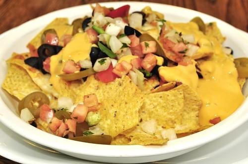 Mmm... nachos | by jeffreyw