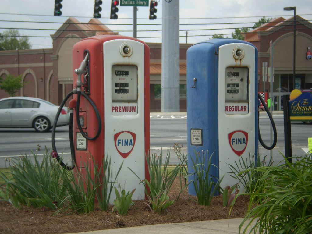 Old Gas Pumps | These old gas pumps are at an old store     … | Flickr
