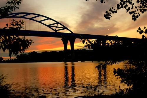 orange sunrise sunriseoverwater
