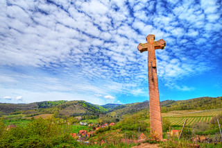 The stone cross on the hill | by Tambako the Jaguar