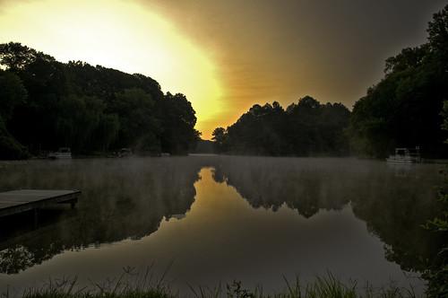 lake water sunrise reflections virginia fallschurch lakebarcroft