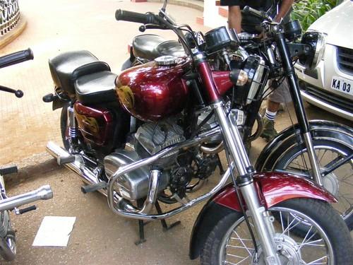 Modified Jawa 350 (Twin)