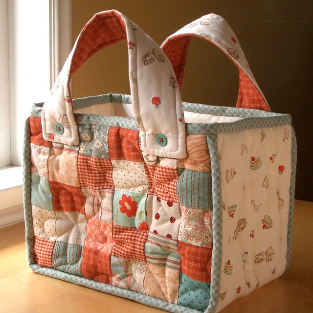 TeaTime quilted bag