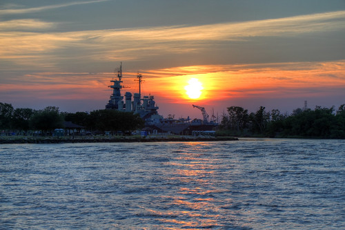 sunset water river nc ship ships wwii navy sunsets northcarolina rivers battleship wilmington usnavy hdr highdynamicrange warship vessels ussnorthcarolina worldwartwo battleships capefearriver unitedstatesnavy warships navyships pacificwar photomatix navalships bb55 museumships floatingmuseums