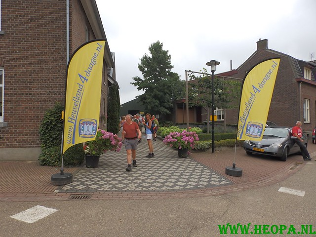 2015-08-08      3e dag 28 Km  Heuvelland  (14)