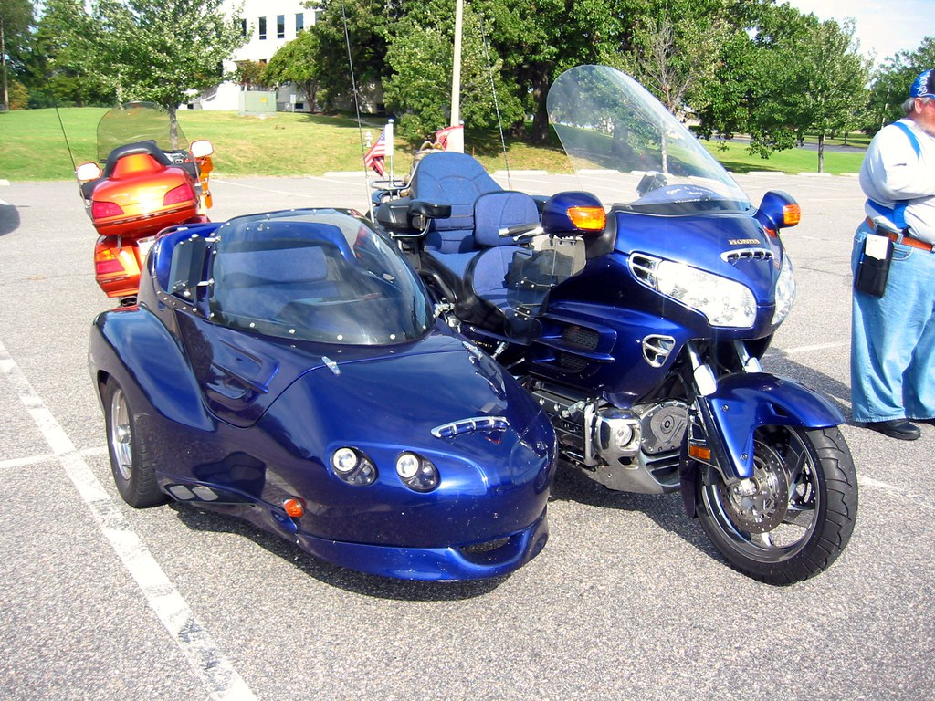 Honda Trike with Sidecar | I really loved the color of this