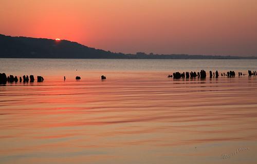 sunset newjersey canon5d sandyhook breakwater shrewsburyriver abigfave impressedbeauty theperfectphotographer goldenmasterpiece cffaa