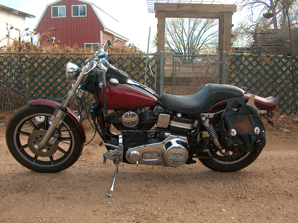 1976 FXE Harley Davidson Shovelhead | The switch between the