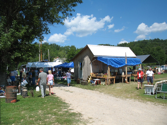 127 Yard Sale (8) | I forget if this was near Dunnville or L