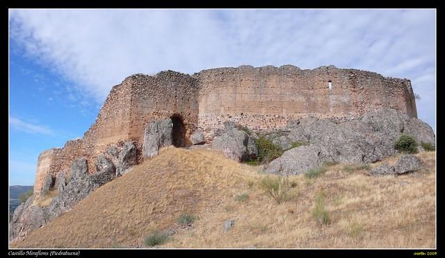 Castillo De Miraflores