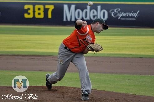 DSC_0076 Pericos de Puebla vs Leones de Yucatán (3er Juego de la Serie) por LAE Manuel Vela