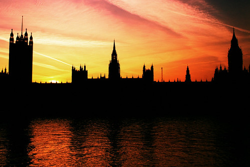 uk sunset england sky reflection london water westminster thames clouds canon river eos europe parliament bigben southbank eos20d palaceofwestminster londonist simoncrubellier