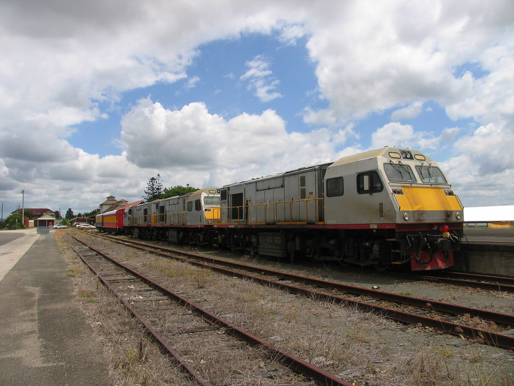 MKA's at Gympie 5 February 2006 by westernthunderer