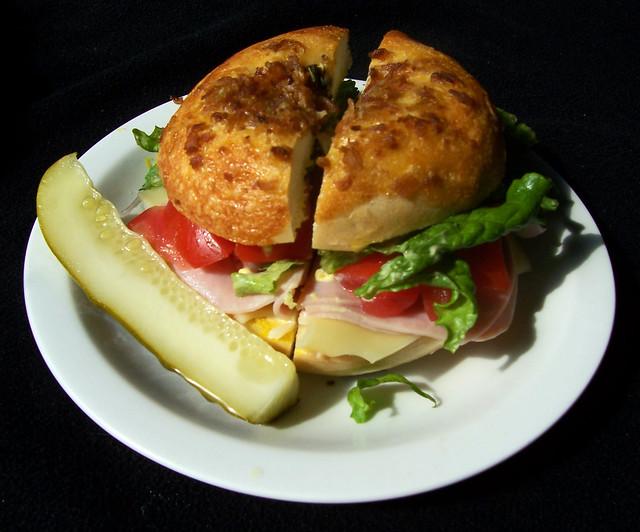 Cheddar Bacon Bagel Sandwich