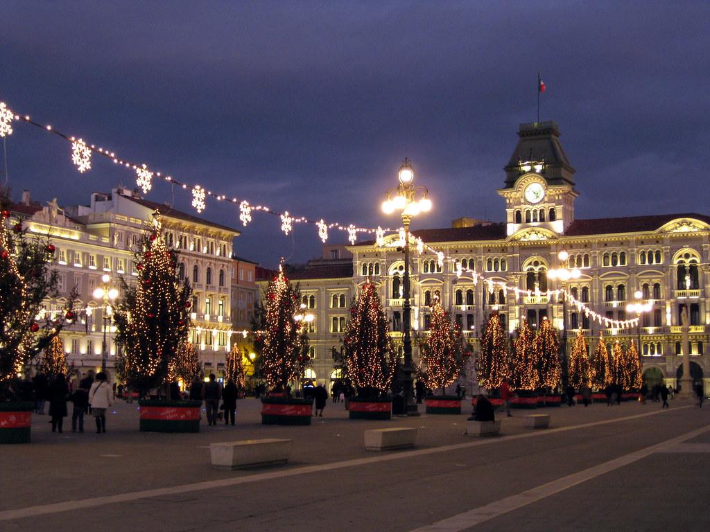 Trieste Natale Immagini.Buon Natale Merry Christmas Piazza Unita Trieste Italy Flickr