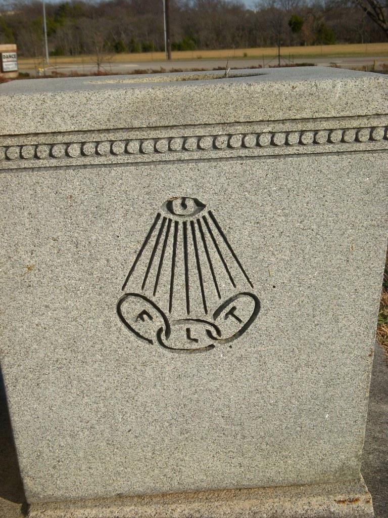 FLT & All-Seeing Eye - Illuminati & Freemasonry Symbol | Flickr