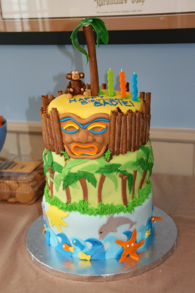 Astounding Tiki Birthday Cake This Is My Tiki Cake I Had So Much Fu Flickr Funny Birthday Cards Online Elaedamsfinfo
