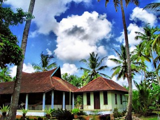 HDR House, Sky, Clouds, Coconut Tree - Kerala Alleppy - 1 | by keralakerala